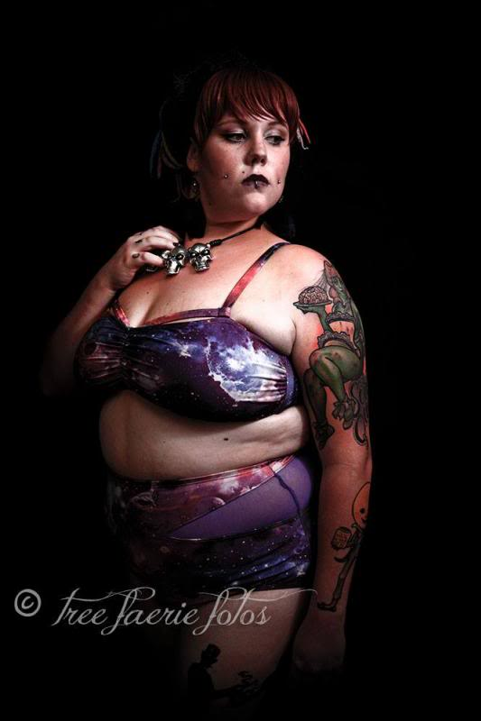 kobi jae horror kitsch bitch fat fatty girl tattooed plus-size bbw zombie scooter club inked dimples dreads ootd blog blogger aussie australian ootd chubby dreadlocks melbourne coloured colored rainbow